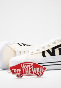Vans - SID NI - Sneaker low - classic white/true white - 7