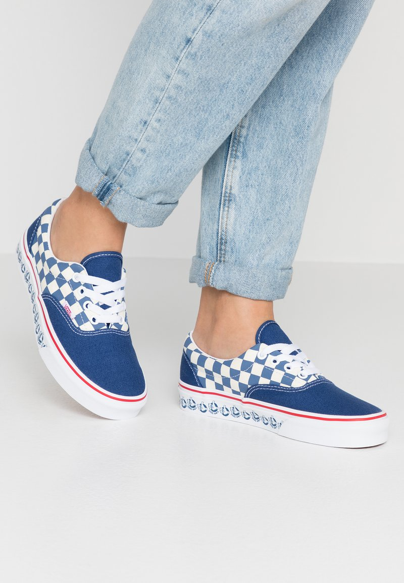 Vans - UA ERA X BMX - Sneakers laag - true navy/white