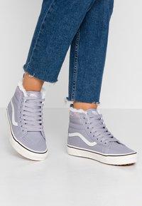 Vans - SK8 MTE - Zapatillas altas - lilac gray - 0