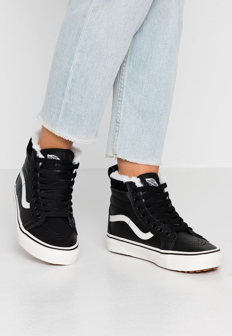 Vans - SK8 MTE - High-top trainers - black/true white