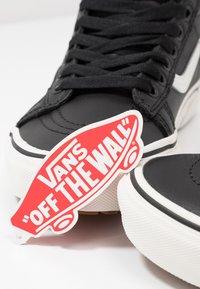 Vans - SK8 MTE - Sneaker high - black/true white - 7