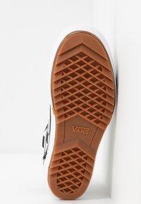 Vans - OLD SKOOL STACKED - Sneakers basse - multicolor/true white - 8