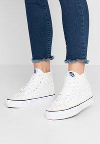Vans - SK8 TAPERED - Baskets montantes - white/true white - 0
