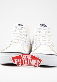 Vans - SK8 TAPERED - Baskets montantes - white/true white - 7
