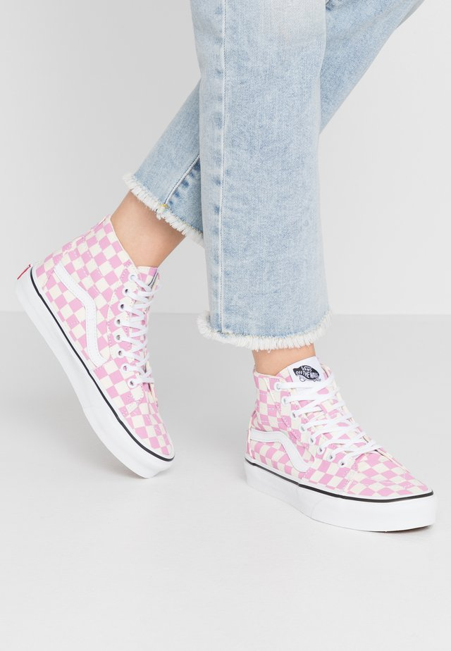 SK8 TAPERED - Baskets montantes - fuchsia pink/true white