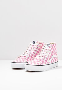 Vans - SK8 TAPERED - Baskets montantes - fuchsia pink/true white - 4