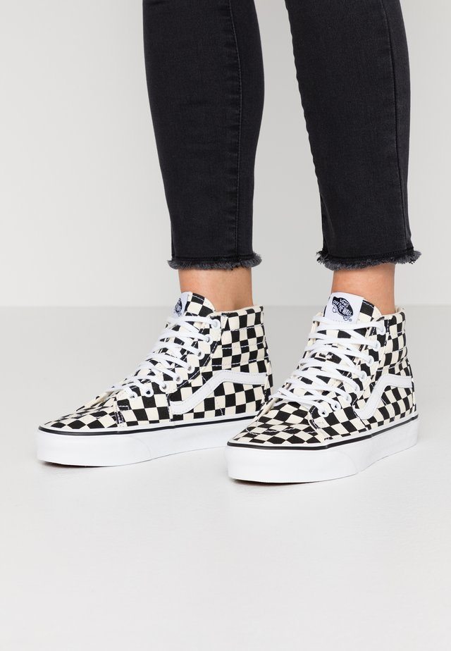 SK8 TAPERED - Baskets montantes - black/true white