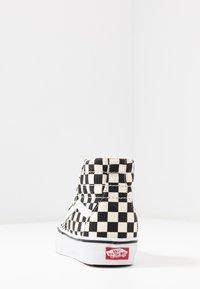 Vans - Zapatillas altas - black/true white - 6