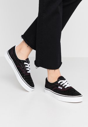ERA - Sneaker low - black/true white