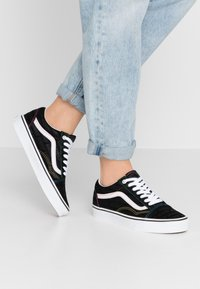 Vans - OLD SKOOL - Joggesko - black/true white - 0