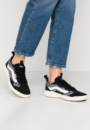 ULTRARANGE EXO - Sneakers basse - black/marshmallow