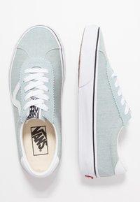 Vans - SPORT - Sneakers laag - washed/true white - 3