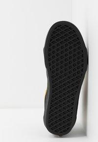 Vans - SK8 - Sneakersy wysokie - black - 4