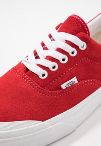 Vans - ERA TC - Skateboardové boty - racing red/true white - 6