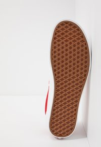 Vans - ERA TC - Skateboardové boty - racing red/true white - 4