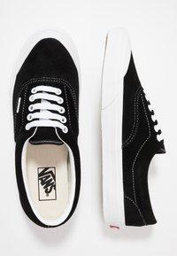 Vans - ERA TC - Sneakersy niskie - black/true white - 1