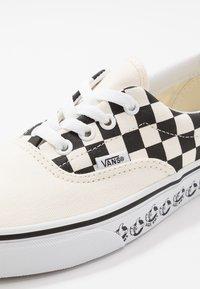 Vans - ERA - Zapatillas - white/black - 6