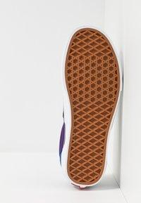 Vans - ERA - Sneakersy niskie - black - 4