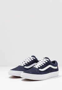 Vans - OLD SKOOL - Tenisky - parisian night/true white - 2