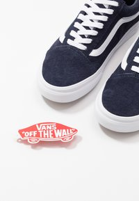 Vans - OLD SKOOL - Tenisky - parisian night/true white - 5