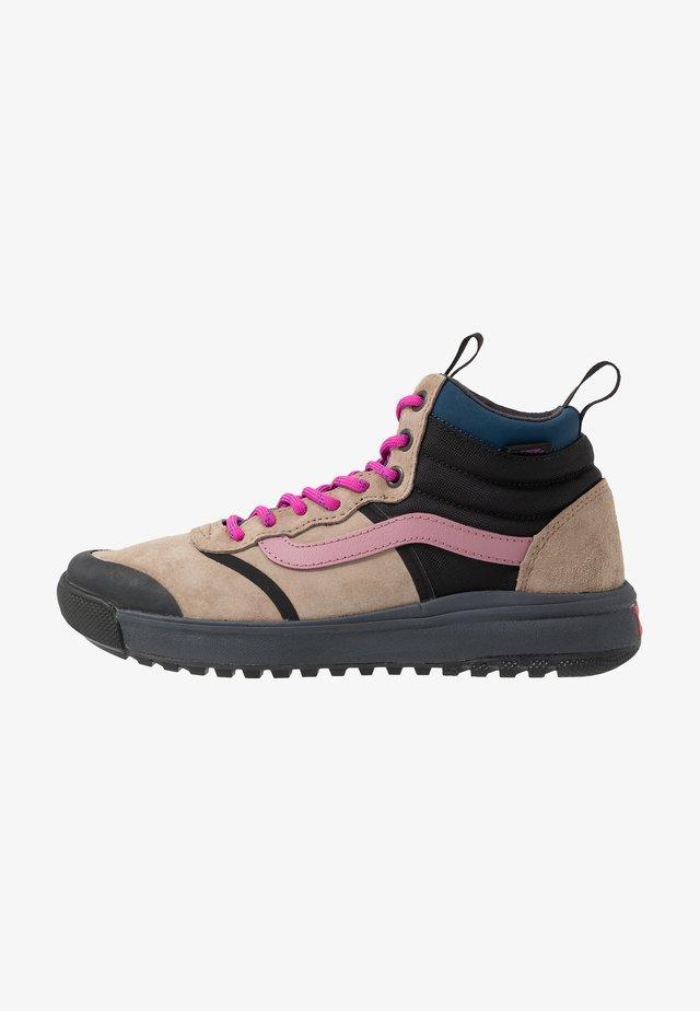 ULTRARANGE DL MTE - Zapatillas altas - portabella/ebony