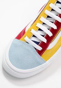 Vans - STYLE 36 - Sneakers basse - multicolor/true white - 6