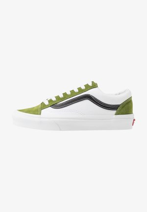STYLE 36 - Matalavartiset tennarit - calla green/true white