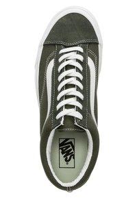 Vans - STYLE 36 - Sneakersy niskie - olive - 1