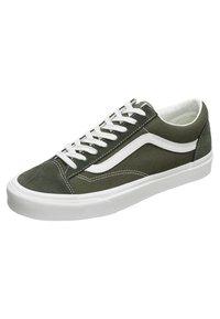 Vans - STYLE 36 - Sneakersy niskie - olive - 2