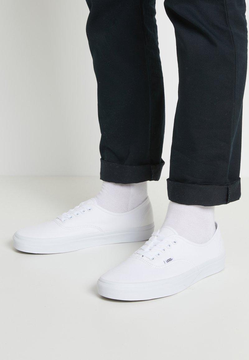Vans - AUTHENTIC - Sneaker low - true white