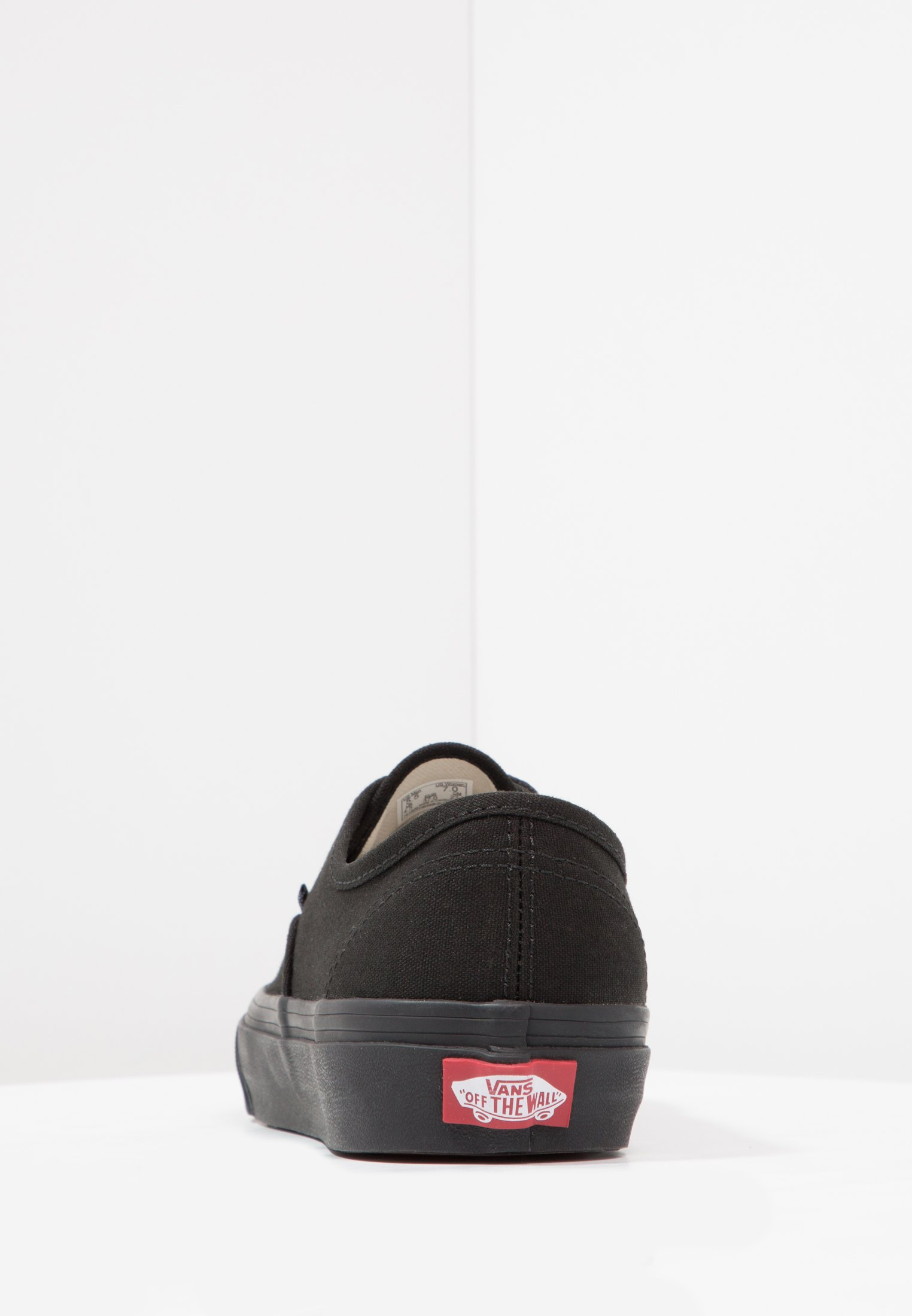 Vans AUTHENTIC - Sneakersy niskie - black