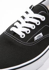 Vans - ERA - Chaussures de skate - black - 5