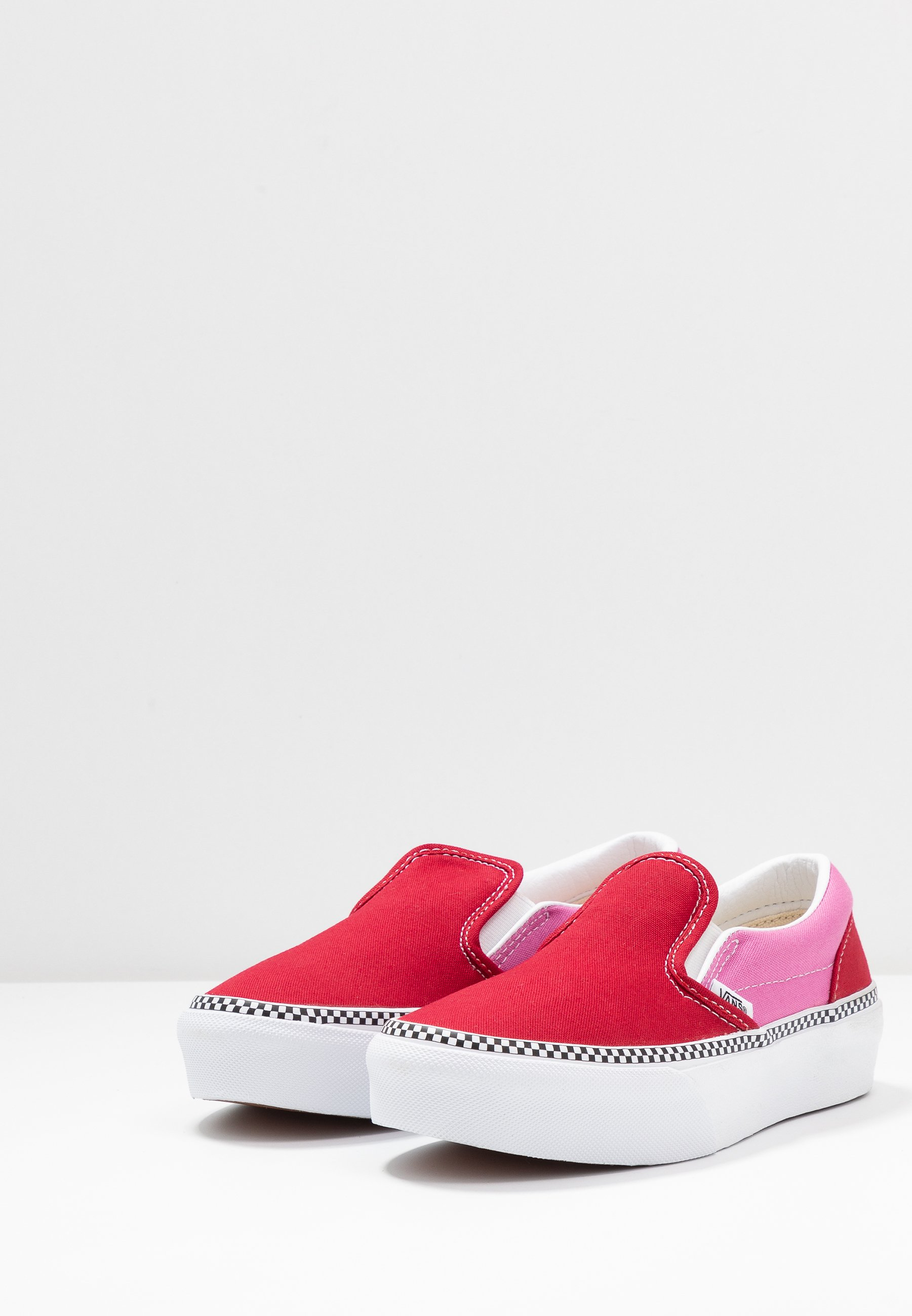 Vans CLASSIC SLIP-ON PLATFORM - Półbuty wsuwane - chili pepper/fuchsia pink