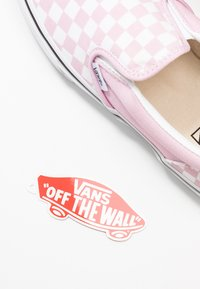 Vans - CLASSIC - Loaferit/pistokkaat - lilac snow/true white - 6