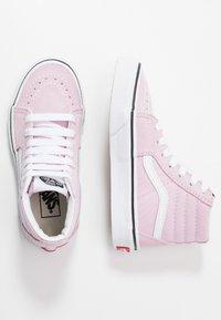 Vans - SK8 - Sneakers hoog - lilac snow/true white - 0