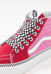 Vans - SK8 PLATFORM 2.0 - High-top trainers - chili pepper/fuchsia pink - 2