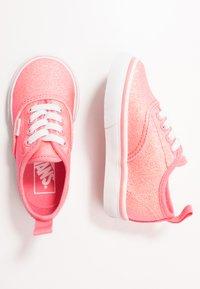 Vans - AUTHENTIC ELASTIC LACE - Slip-ons - neon glitter pink/true white - 0