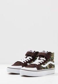 Vans - SK8 REISSUE - Zapatillas altas - brown/true white - 3