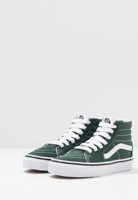 Vans - SK8 - Zapatillas altas - trekking green/true white - 3