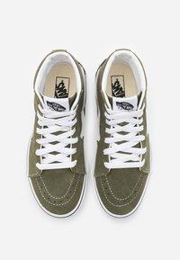 Vans - SK8 - Zapatillas altas - grape leaf/true white - 3