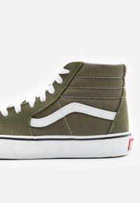 Vans - SK8 - Zapatillas altas - grape leaf/true white - 5