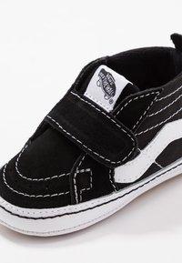 Vans - SK8 - Chaussons pour bébé - black/true white - 2