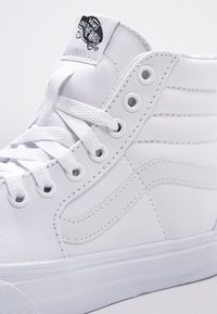 Vans - SK8-HI - Höga sneakers - true white - 5