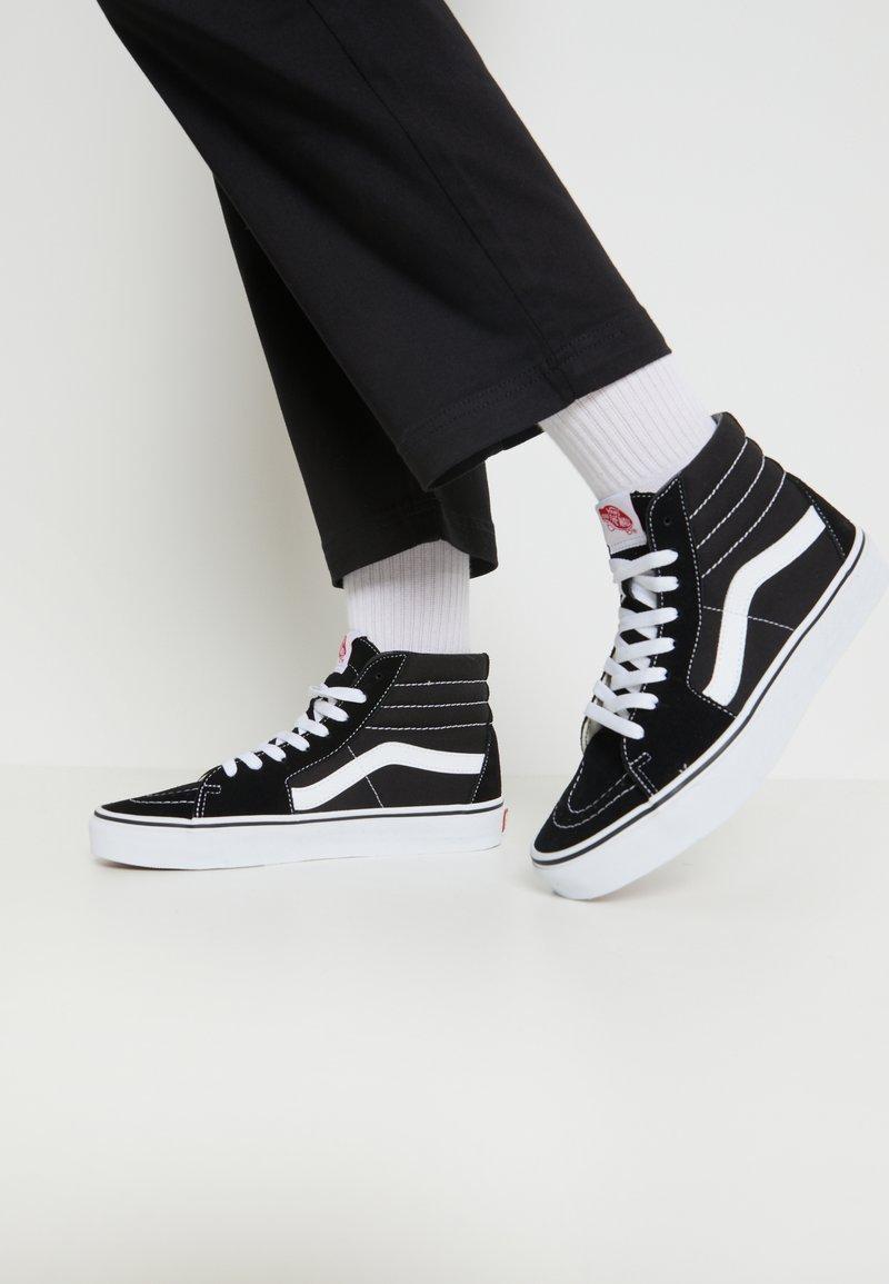 Vans - SK8-HI - Sneakersy wysokie - black