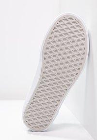 Vans - OLD SKOOL - Scarpe skate - true white - 4