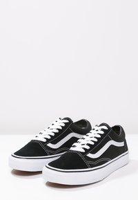 Vans - OLD SKOOL - Skateschoenen - black - 6