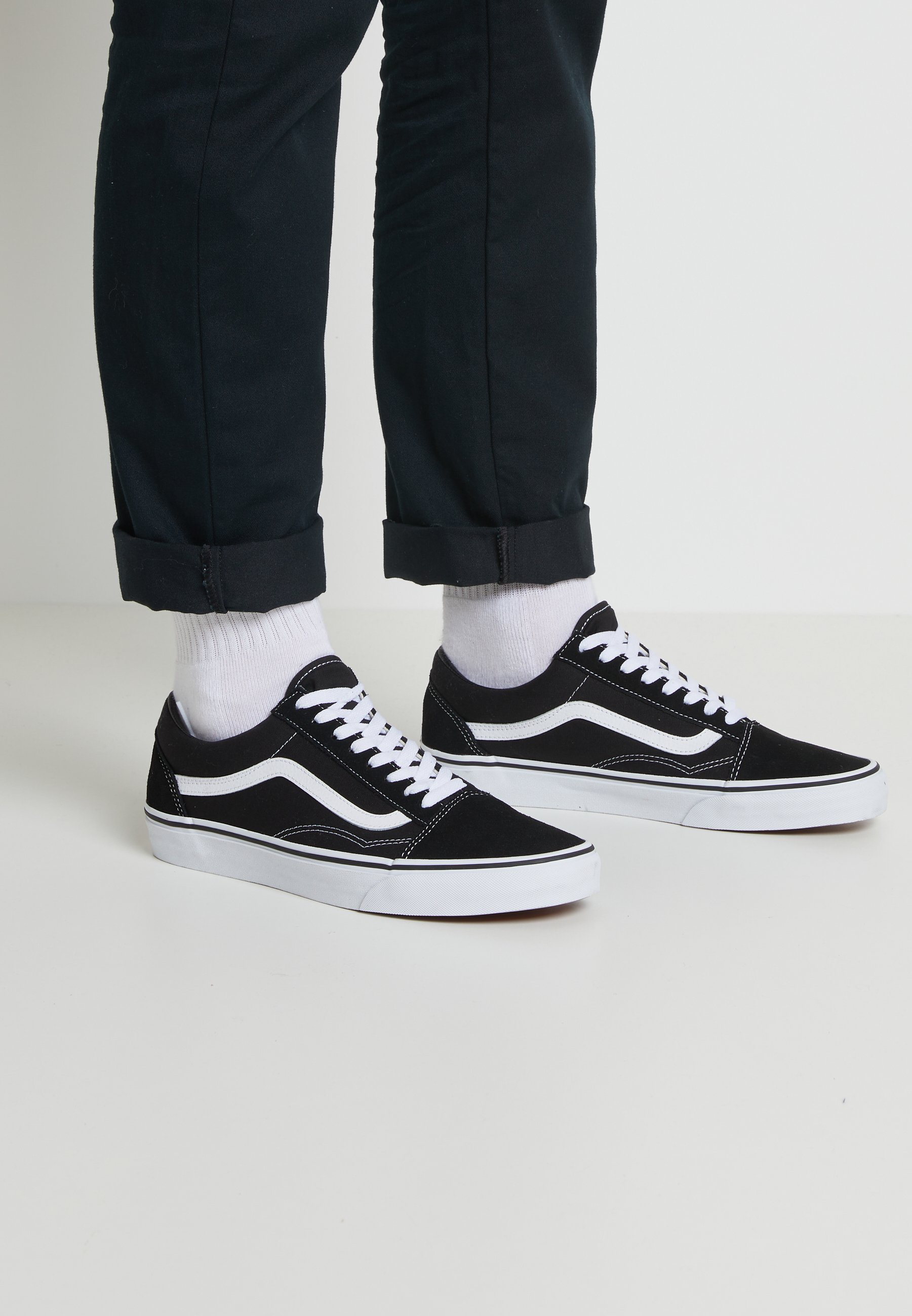 OLD SKOOL Skate shoes black