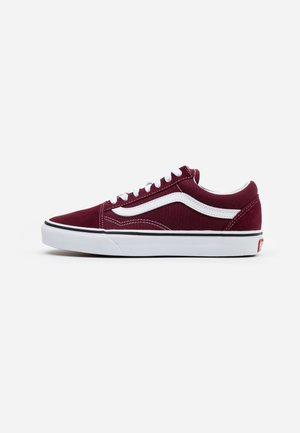 UA OLD SKOOL - Sneakersy niskie - port royale/true white
