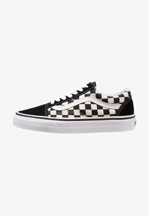 UA OLD SKOOL - Matalavartiset tennarit - black/white