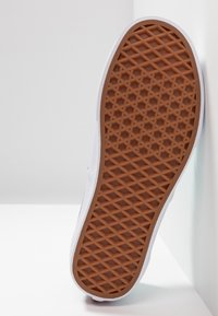 Vans - AUTHENTIC  - Sneakersy niskie - aqua haze/true white - 4